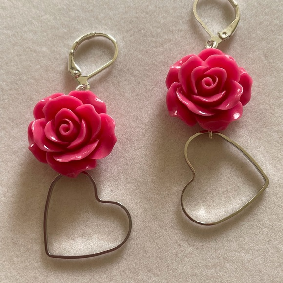 Hearts and Roses Earrings, NWT